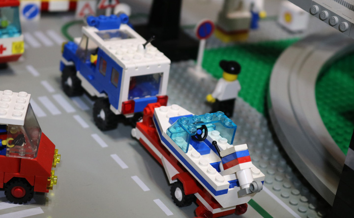 LEGO Classic Town Monorail
